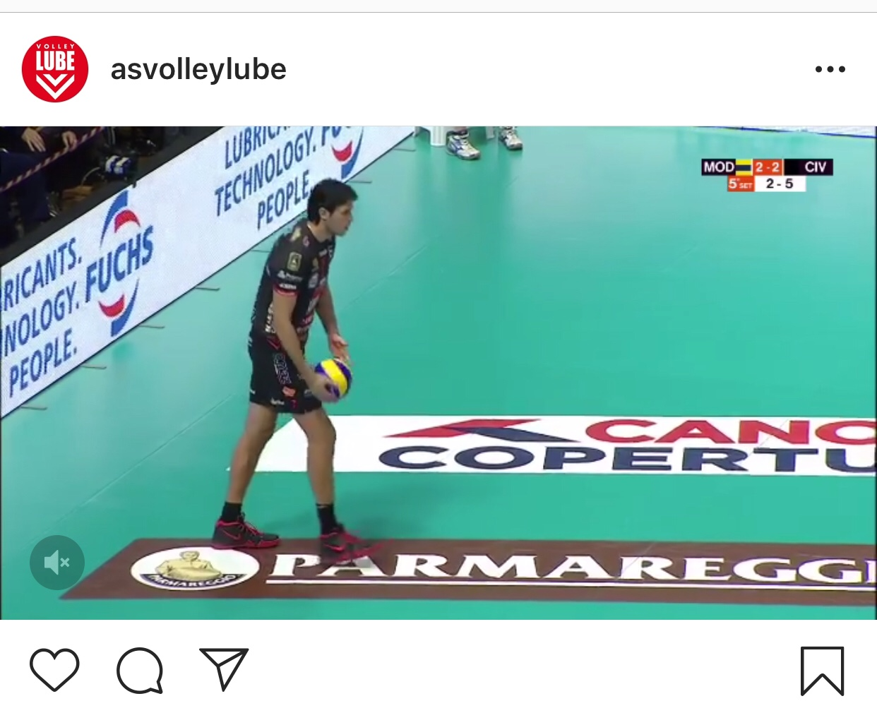 Video: Monster block of Yoandy Leal on Ivan Zaytsev.