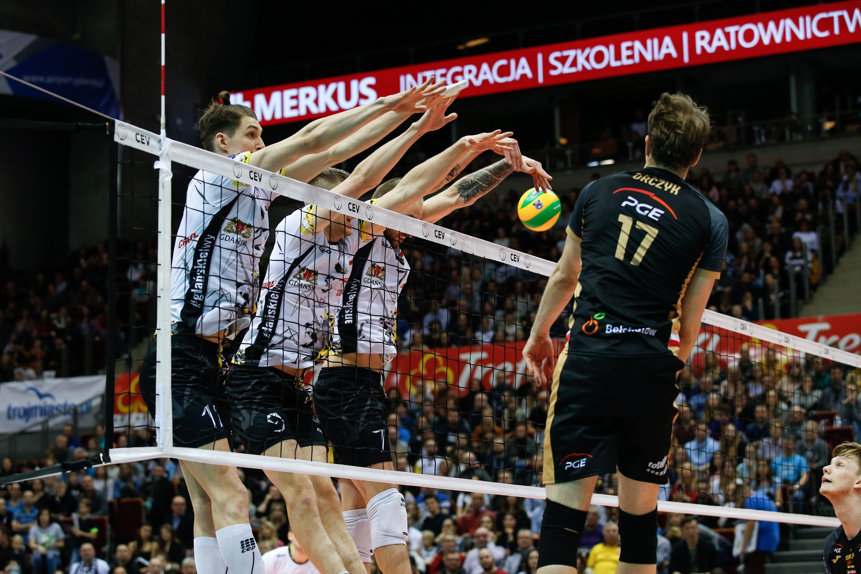 #ChampionsLeague:  Zenit Kazan won in Frankfurt, big victory of Gdansk over Skra Belchatow.