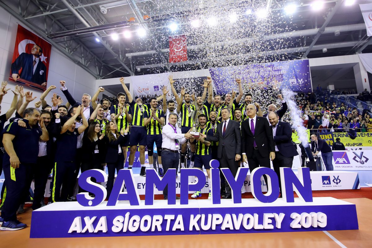 #Turkish Cup: the winner is Fenerbahce, 3:2 at Galatasaray. Hidalgo MVP.
