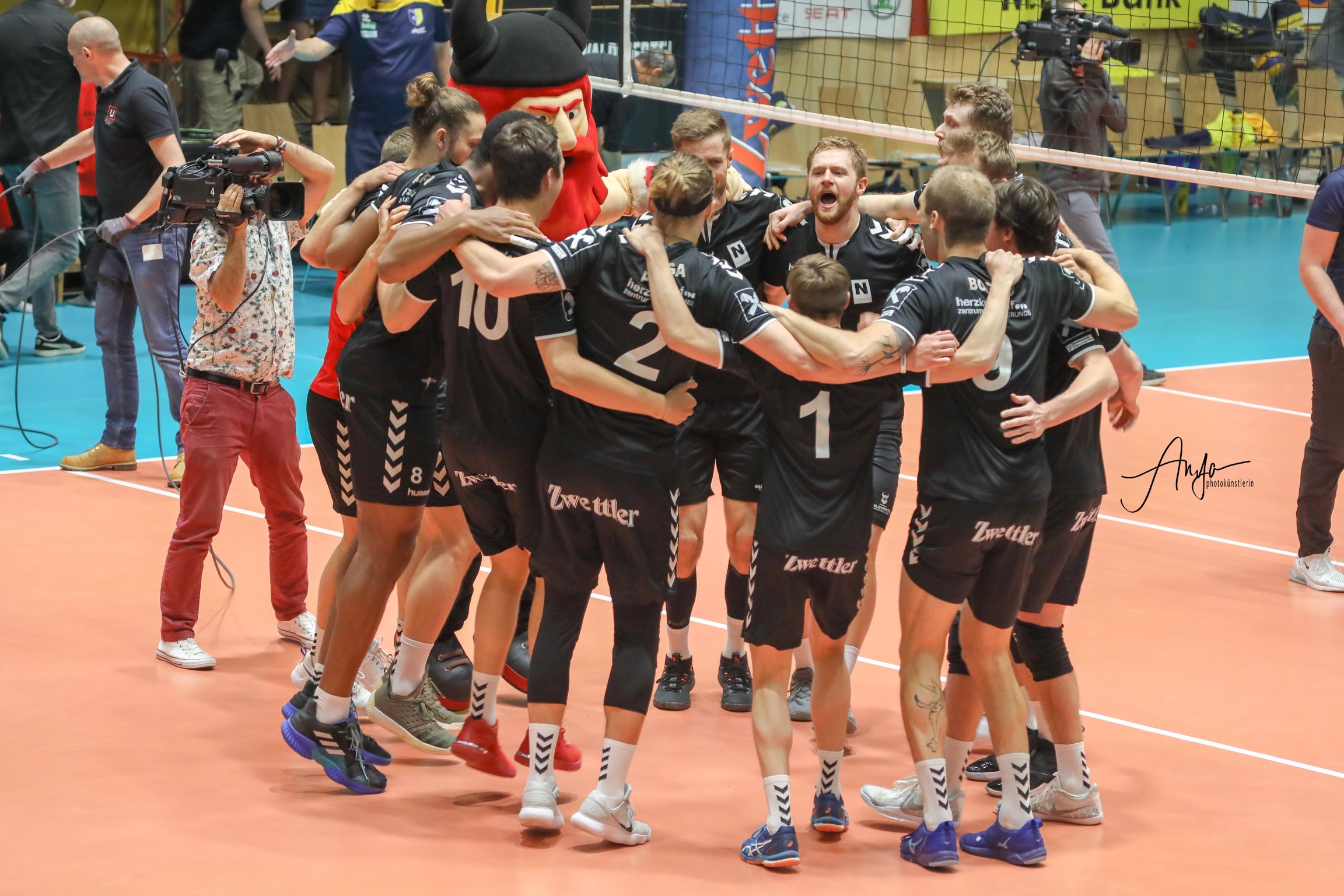 #Austria: Waldviertel defeats Aich/Dob in straight sets and stretch the series 1-3!