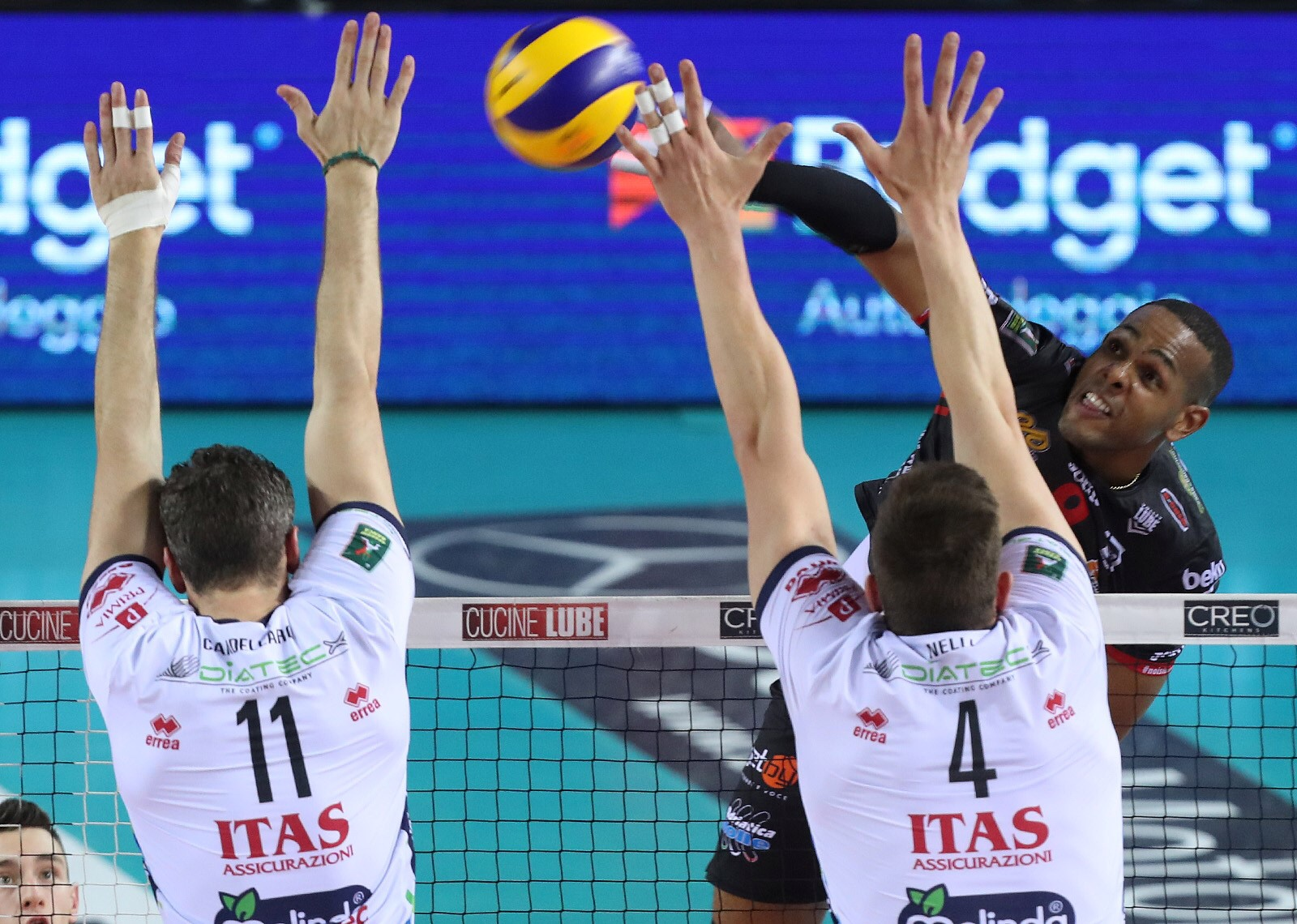 #Superlega: Modena tie the series against Perugia, Lube close to claim the spot in the finals